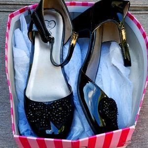 143 girl black heeled beaded bow toe shoes NEW